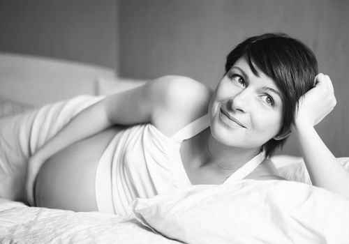 беременная девушка во сне