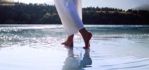 Идти по воде толкование сонника
