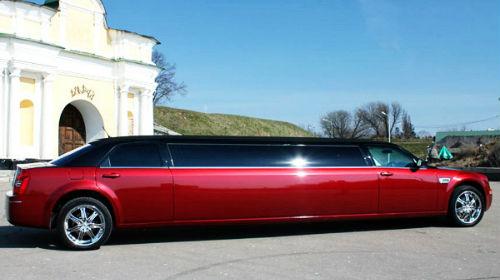 красный лимузин