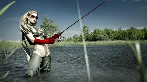 ловить рыбу удочкой