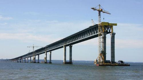 строить мост