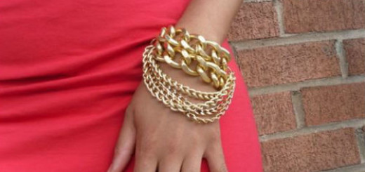 золотой браслет на руке во сне