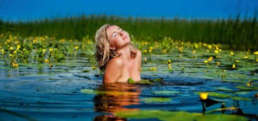 к чему снится купаться в реке девушке