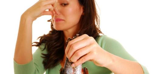 к чему снится тухлая рыба женщине
