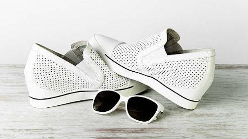 белая обувь женская во сне