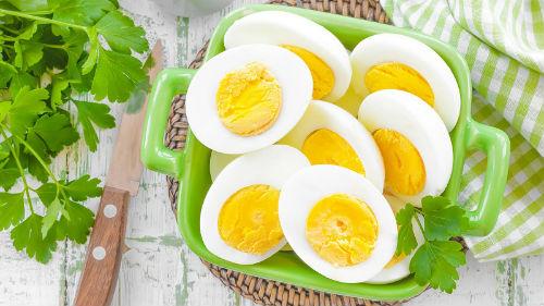 видеть много яиц