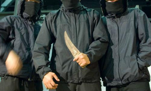 видеть нож в руках
