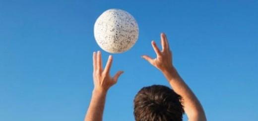 играть в мяч во сне