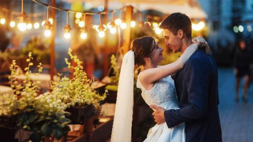К чему снится свадьба чужая сонник