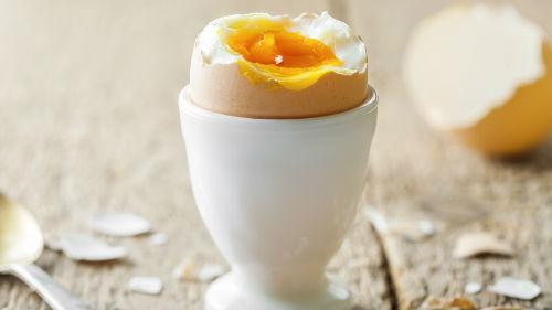 кушать вареные куриные яйца