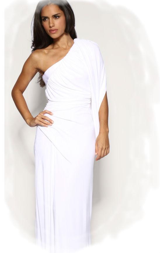 Сонник белое платье на девочке