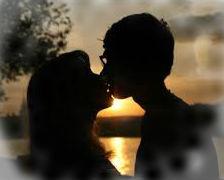 к чему приснился поцелуй с знакомым