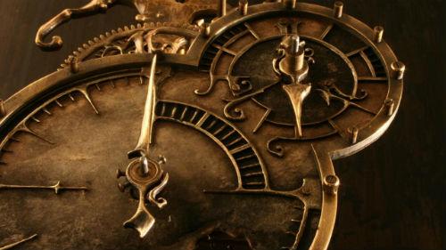 старинный часовой механизм