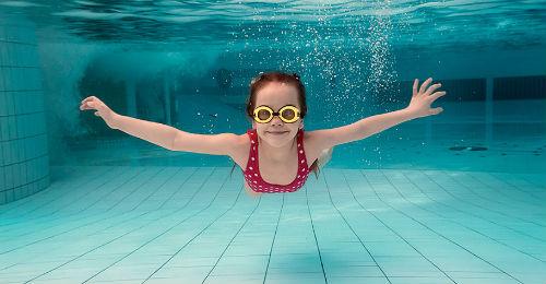 Плавать во сне для девушки