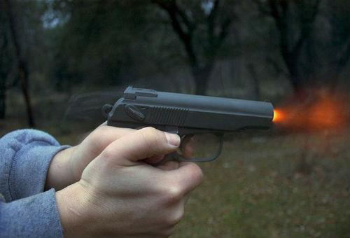 Можно ли стрелять из пистолета беременным