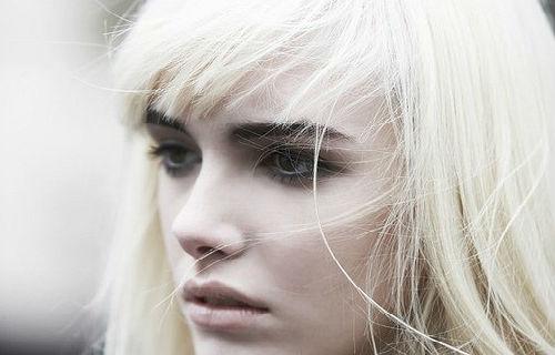Белые волосы на голове сонник
