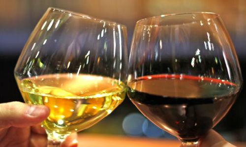 Пить вино во сне