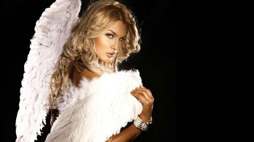 ангел с огромными белыми крыльями во сне