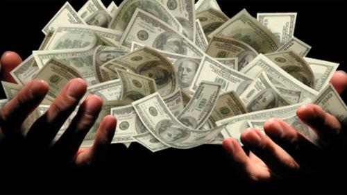 найти деньги много