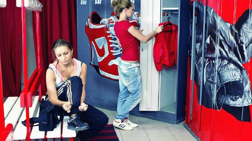 Во сне переодевать одежду