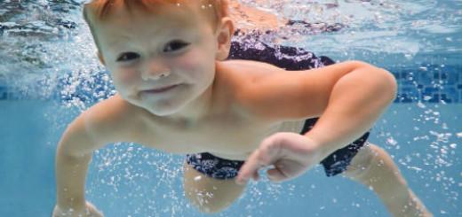 сонник ребенок в воде