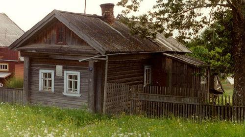 снится старый знакомый дом