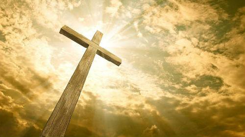 деревянный крест на могиле