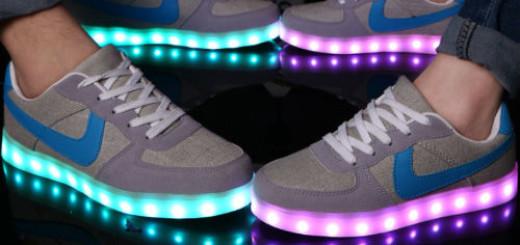 покупать кроссовки