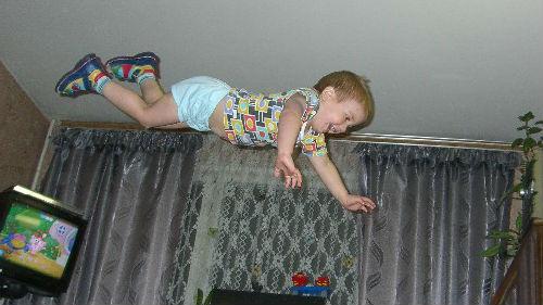 Сон дырки в потолоке