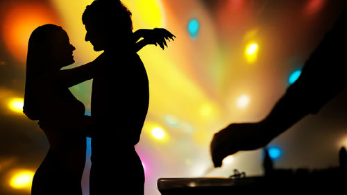 к чему снится медленный танец с женщиной