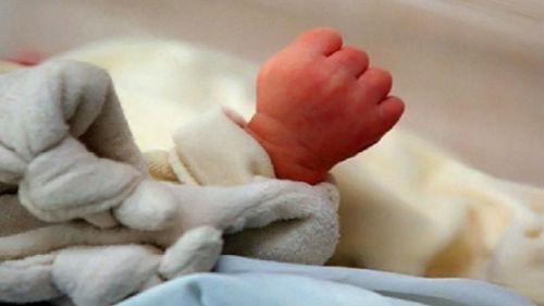 родить мертвого ребенка