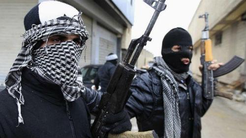 террористы стреляют