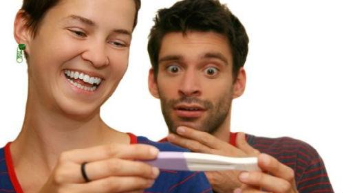 видеть тест на беременность мужчине