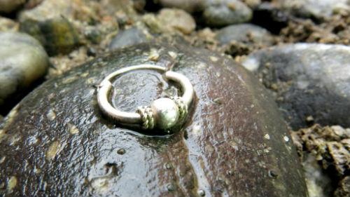 найти золото в море