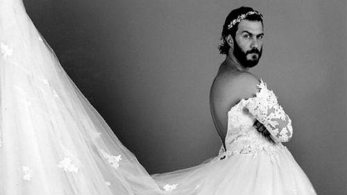 К чему снятся мужчины в женских платьях
