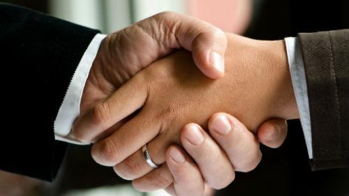 Картинки по запросу Мужские руки