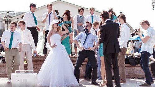Толпа невест сонник