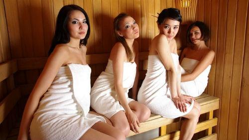 Подружки побрились в бане фото 313-207