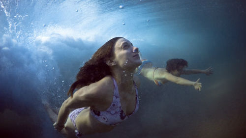 нырять в воду во сне