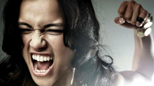 женская агрессия