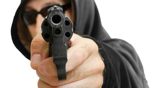 хотят убить из пистолета во сне
