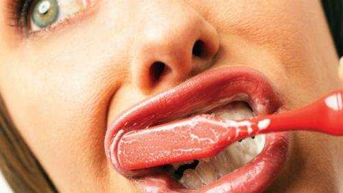Приснилось что раскрошились зубы без крови
