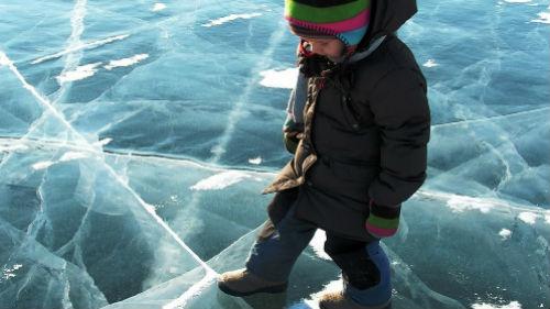 ходить по льду во сне
