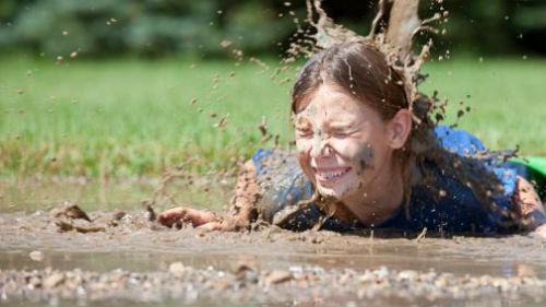 шлепнуться в грязь