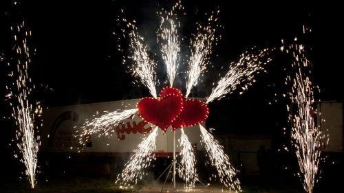 огненные фонтаны