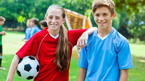 к чему снится футбол девушке