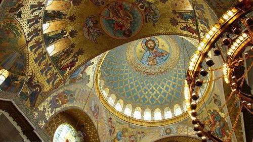 к чему снится храм и церковь внутри