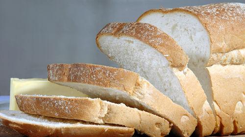 белый хлеб нарезной во сне