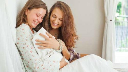 сон знакомая беременная с животиком