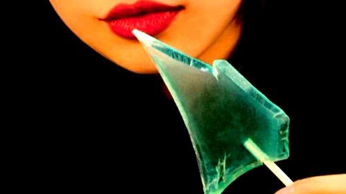 к чему снится битое стекло во рту